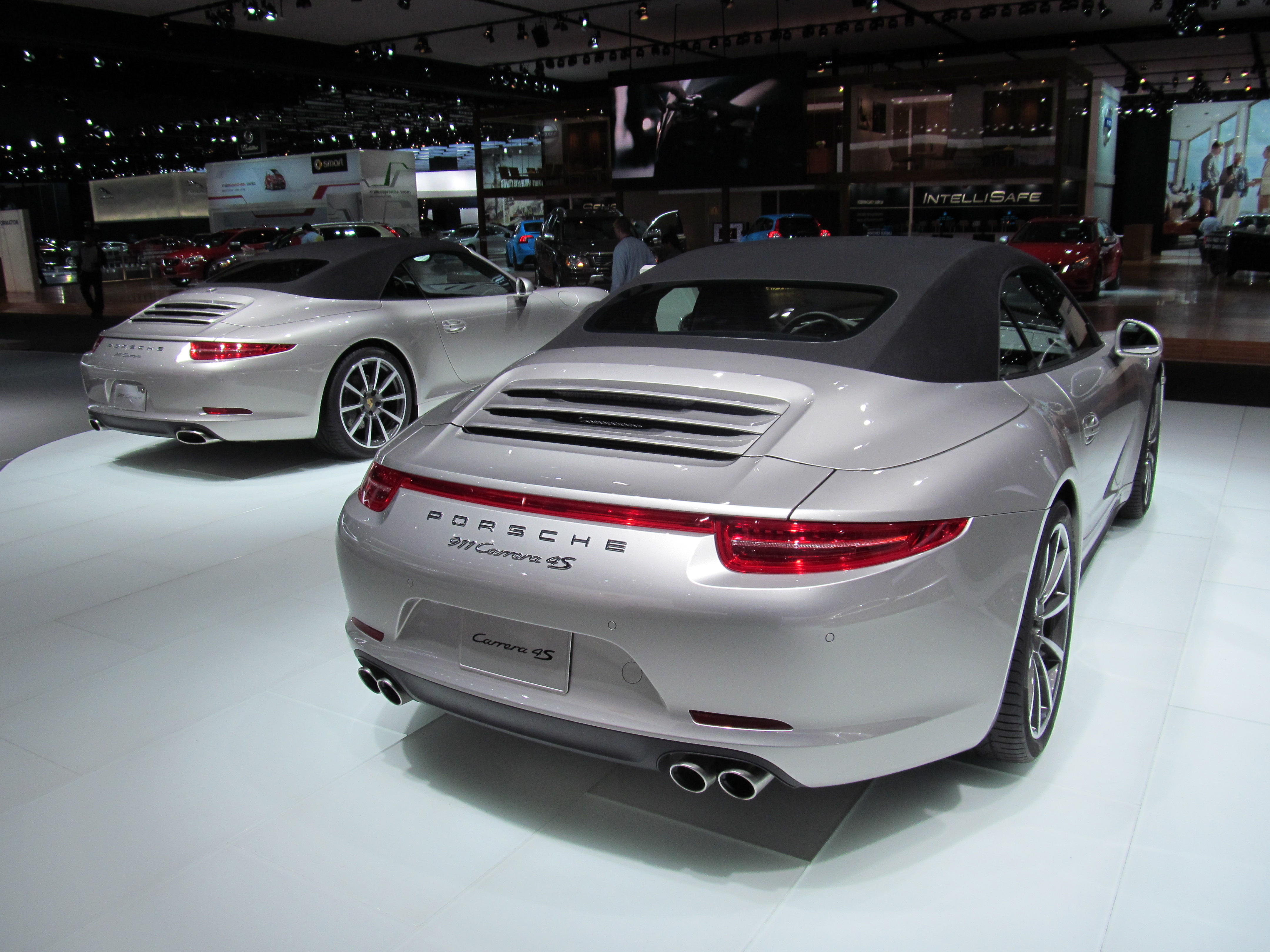 2013-porsche-911-carrera-4s-cabriolet-at-naias-2013-by-boss-mustang