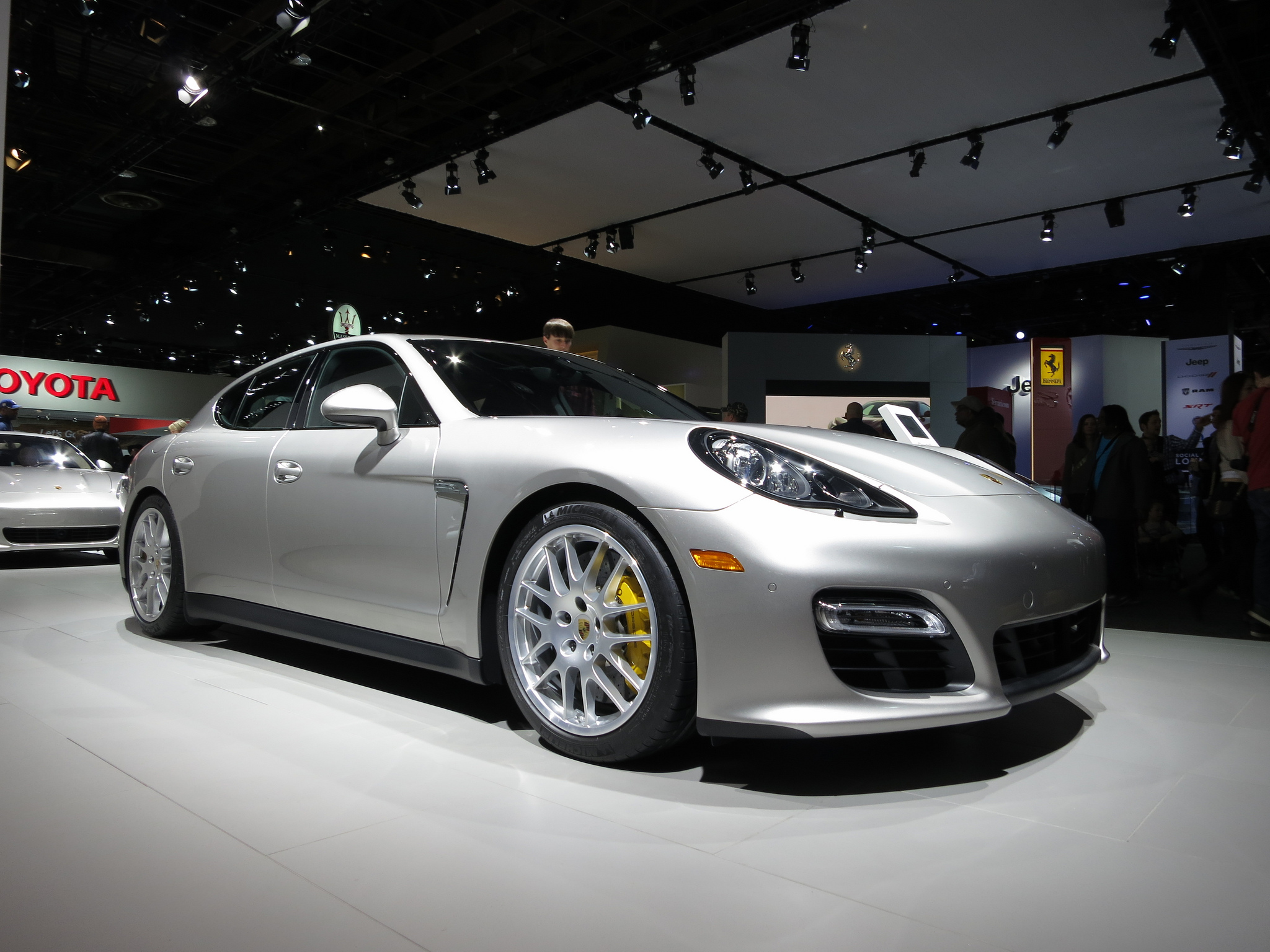2013-porsche-panamera-at-naias-2013-by-shaessig