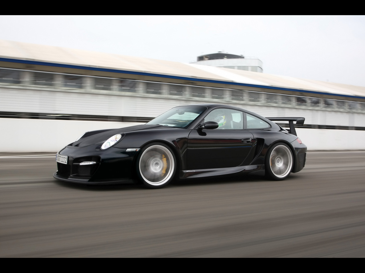 TechArt GT Street RS Porsche 911 GT2