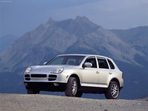 Porsche Cayenne 2003 wallpaper Front angle view