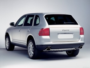 Porsche Cayenne 2004 1600x1200 wallpaper Rear angle view
