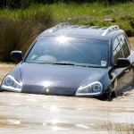 Porsche Cayenne 2008 1600x1200 wallpaper Front view In water