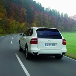 White Porsche Cayenne Diesel 2008 1600x1200 wallpaper Rear angle view