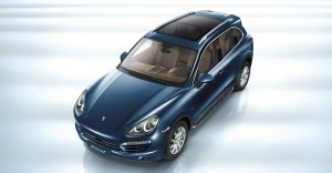 Blue Metallic Porsche Cayenne Diesel 2011 3000x1560 wallpaper Front angle top view