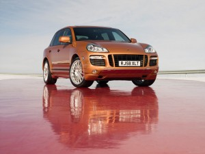 Porsche Cayenne GTS 2008 1600x1200 wallpaper front angle view