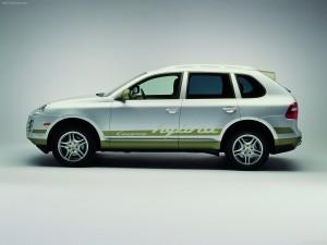 Classic Silver Metallic Porsche Cayenne Hybrid 2008 1600x1200 wallpaper Side view