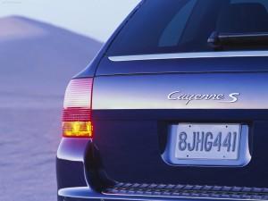 Porsche Cayenne S 2004 1600x1200 wallpaper Rear corner view