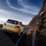 Yellow Porsche Cayenne S 2011 3000x1560 wallpaper Rear view