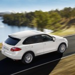 Sand White Porsche Cayenne S Hybrid 2011 3000x1560 wallpaper Side angle view