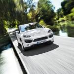 Sand White Porsche Cayenne S Hybrid 2011 3000x1560 wallpaper Front view