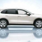 Sand White Porsche Cayenne S Hybrid 2011 3000x1560 wallpaper Side view