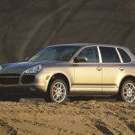Porsche Cayenne Turbo 2004 1600x1200 wallpaper Front angle side view