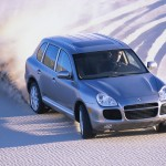 Porsche Cayenne Turbo 2004 1600x1200 wallpaper Front angle top view