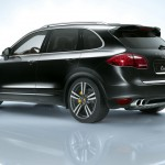 Jet Black Metallic Porsche Cayenne Turbo 2011 3000x1560 wallpaper Side angle view