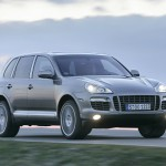 Porsche Cayenne Turbo S 2009 1600x1200 wallpaper Front angle view