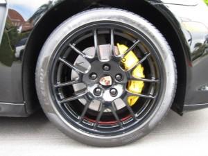 Sylvester Stallone's 2010 black Porsche Panamera 4S 20-inch RS Spyder wheel