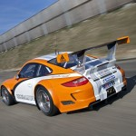 2011 Orange Porsche 911 GT3 R Hybrid 2.0 Rear angle view