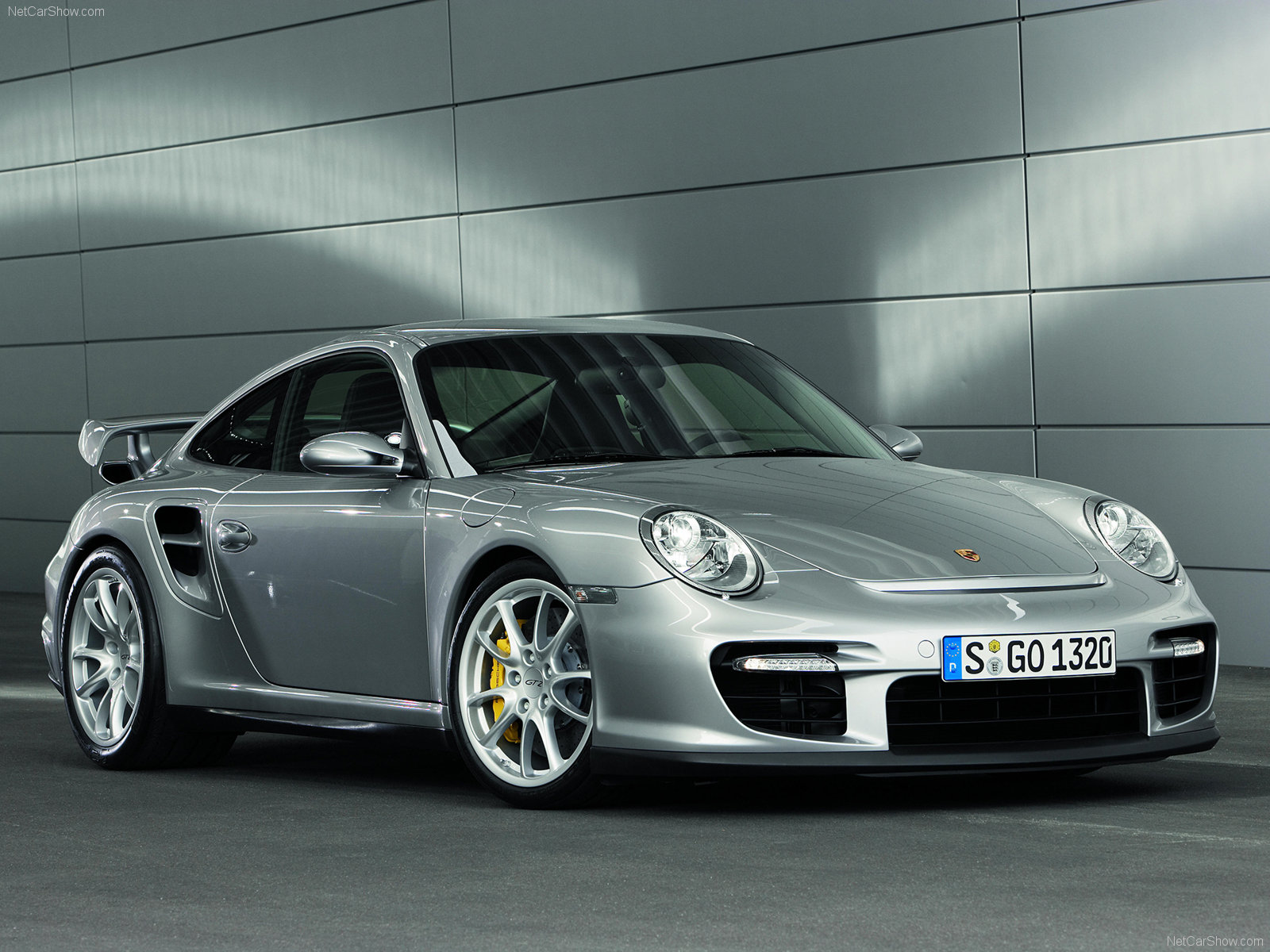 2008 Silver Porsche 911 Gt2 Wallpapers