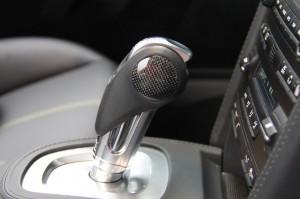 Limited edition: Porsche 911 Turbo S Edition 918 Spyder Interior Gear box