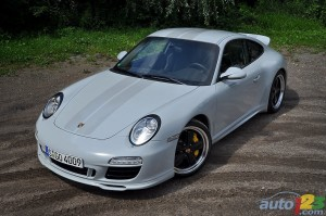 Porsche 911 Sport Classic 2011 Front angle top view